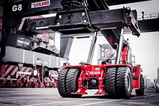 Kalmer and Global Service develop dual fuel reachstacker