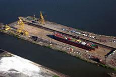 Ichthys LNG cuts first steel