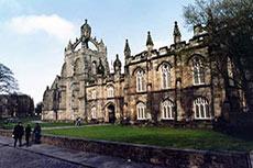 University of Aberdeen and Halliburton sign partnership agreement