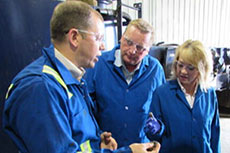 Alberta ministers tour US Oil Sands' facility
