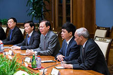 Gazprom and PetroVietnam discuss oil and gas cooperation