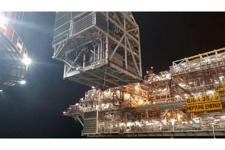 Nova module lifted onto Gjøa platform