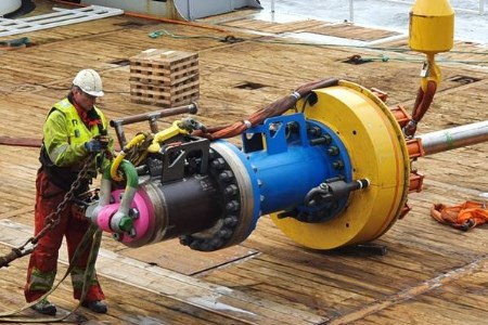 Baker Hughes launches vessel-deployed subsea wellhead cutting system