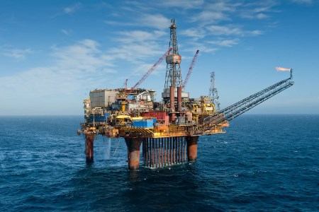 Dunlin Alpha - a decommissioning challenge turned collaborative solution